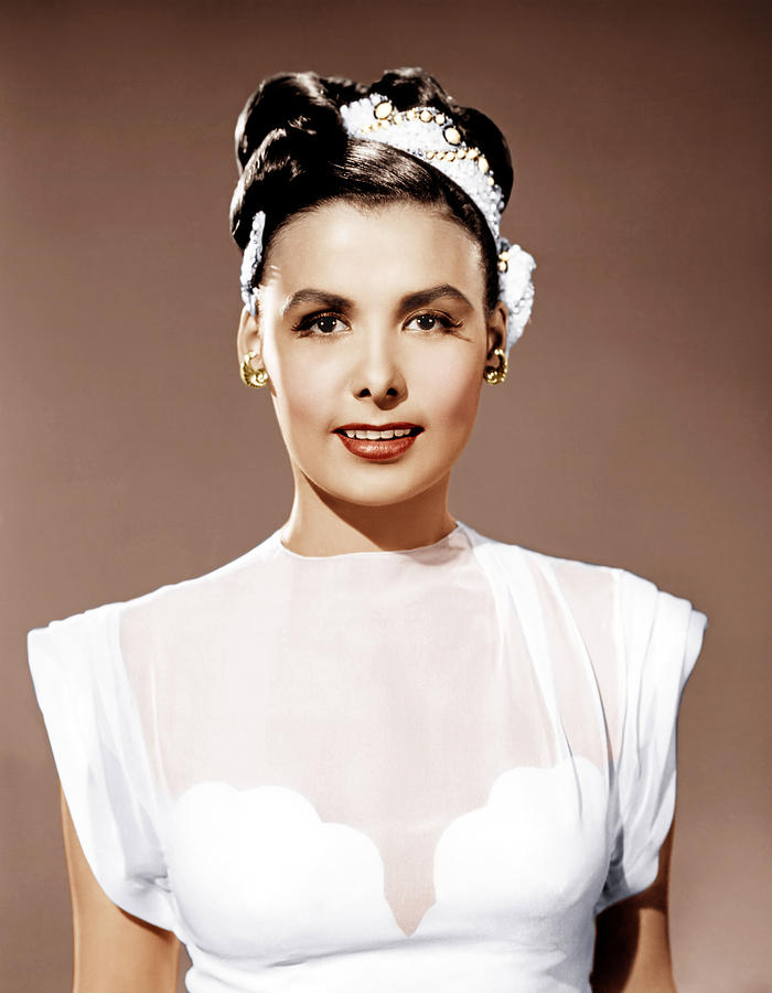 1940s Portraits Photograph - Till The Clouds Roll By, Lena Horne by Everett
