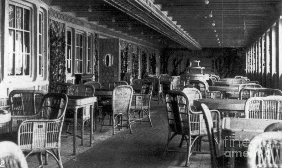 Titanic: Parisian Cafe, 1912 Photograph