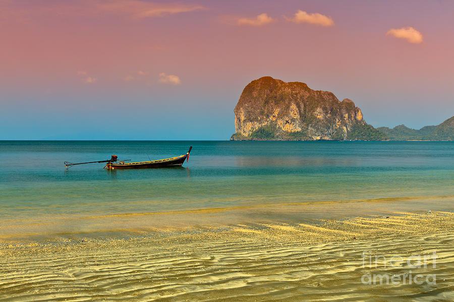 Trang Longboat Photograph