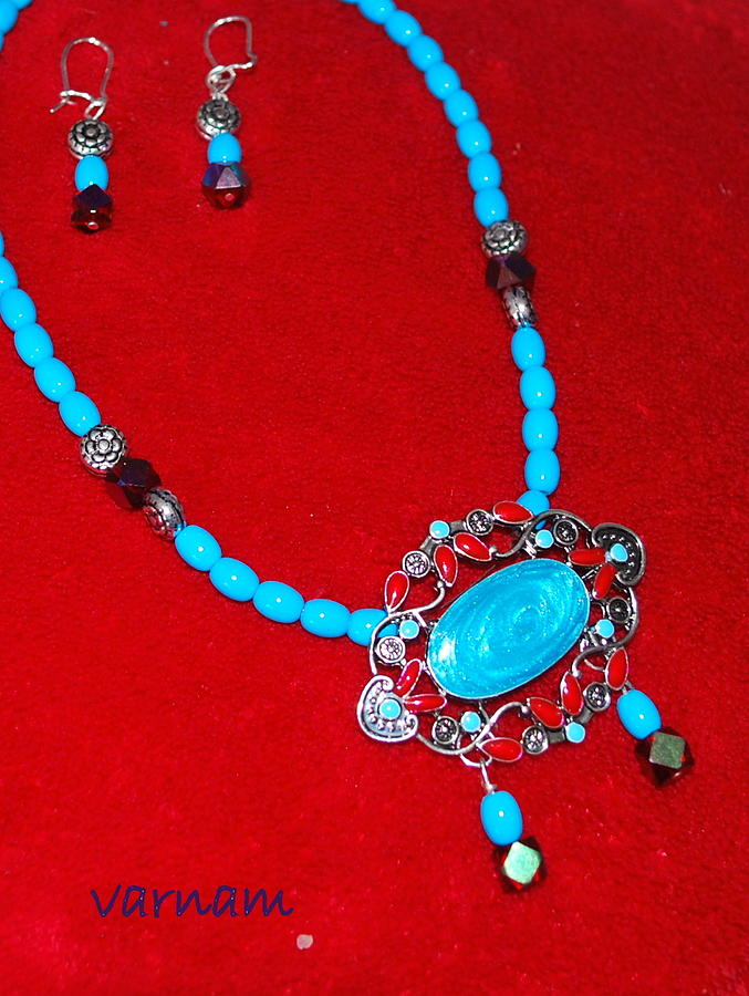 Turquoise Choker With Earring Painting 
