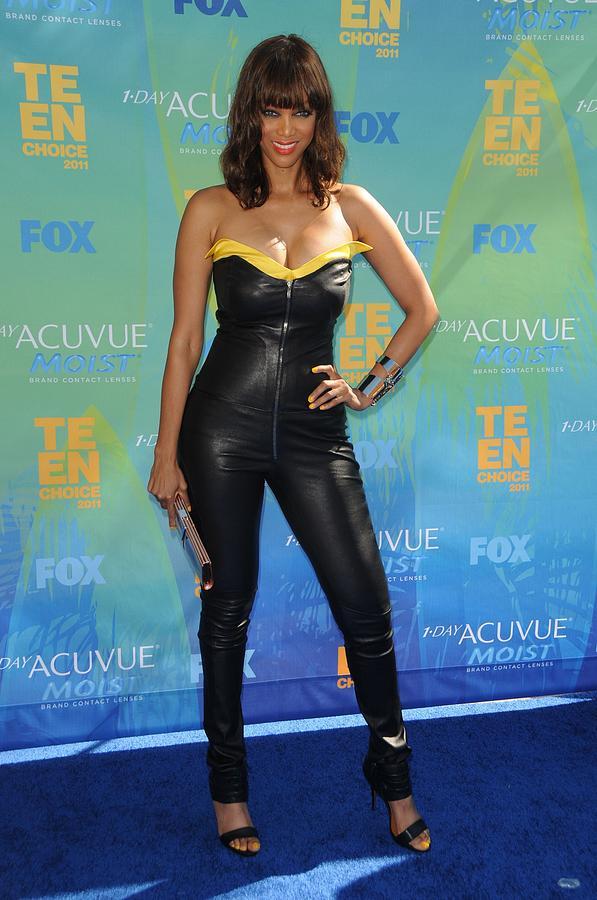 Tyra Banks Wearing A Thierry Mugler Photograph
