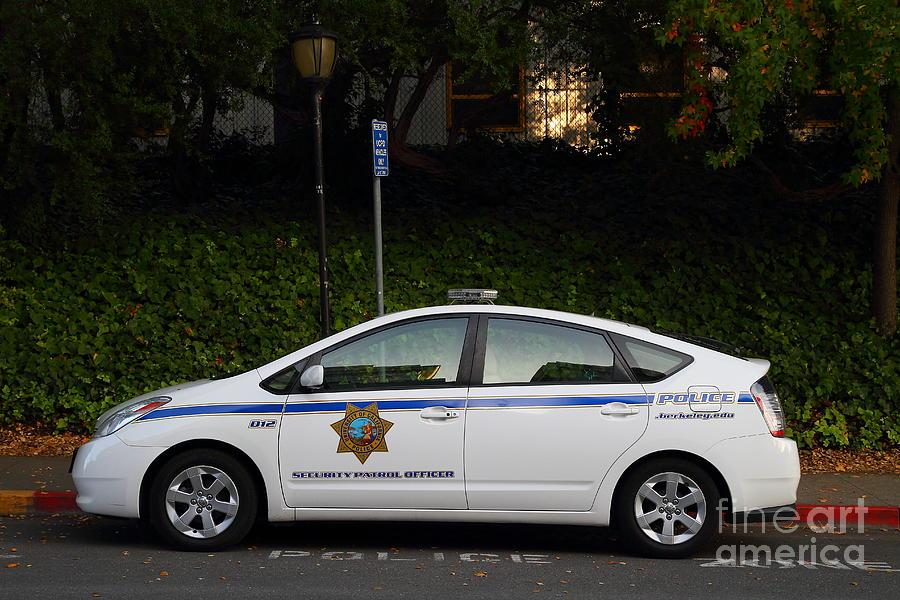 Uc Berkeley Campus Police Car  . 7d10181 Photograph