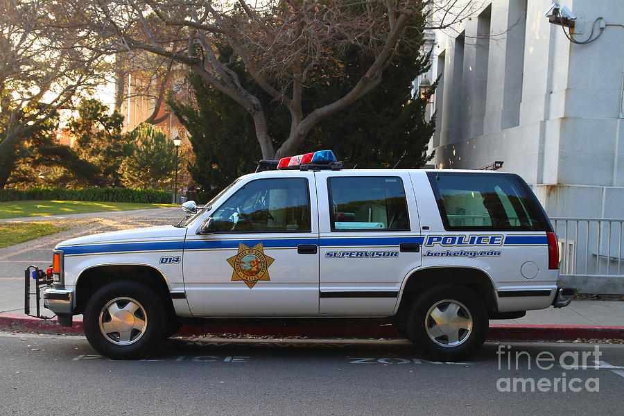 Ucb Campus Police Car Photograph - Uc Berkeley Campus Police Suv  . 7d10182 by Wingsdomain Art and Photography