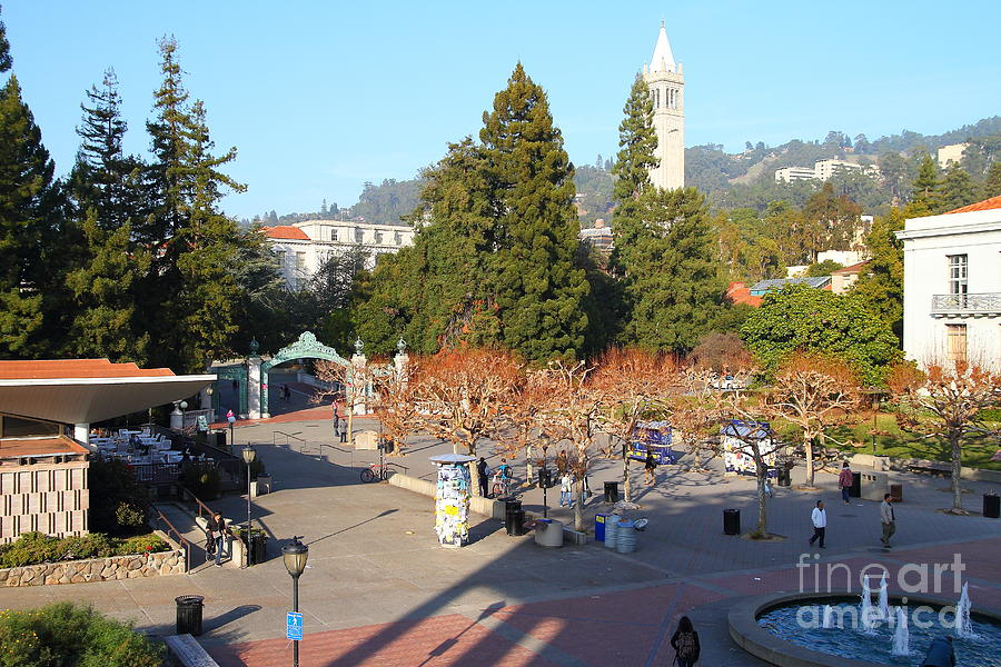Uc Berkeley . Sproul Hall . Sproul Plaza . Sather Gate And Sather Tower Campanile . 7d10016 Photograph  - Uc Berkeley . Sproul Hall . Sproul Plaza . Sather Gate And Sather Tower Campanile . 7d10016 Fine Art Print