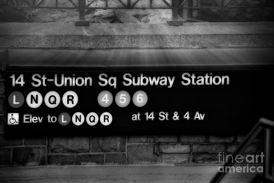 Union Square Photograph - Union Square Subway Station Bw by Susan Candelario