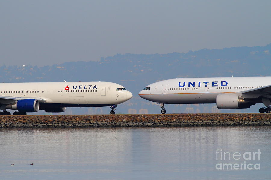 United Airlines And Delta Airlines Jet Airplane At San Francisco International Airport Sfo . 7d12091 Photograph