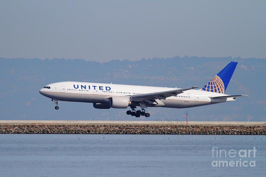 United Airlines Jet Airplane . 7d11794 Photograph  - United Airlines Jet Airplane . 7d11794 Fine Art Print