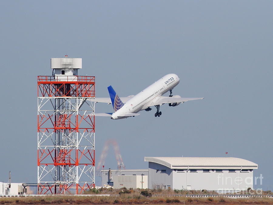United Airlines Jet Airplane At San Francisco International Airport Sfo . 7d11846 Photograph