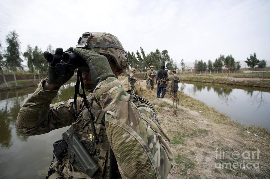 U.s. Air Force Sergeant Provides Photograph