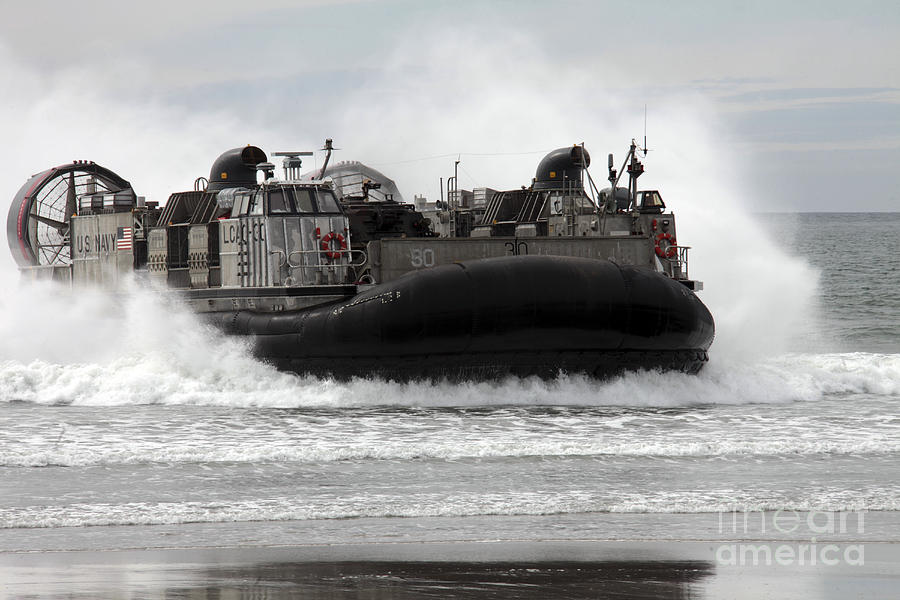 U.s. Navy Landing Craft Air Cushion Photograph