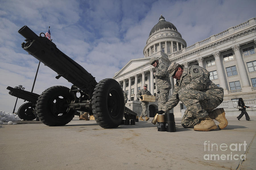 Utah National Guard Photograph - U.s. Soldiers Clean Up After Firing by Stocktrek Images
