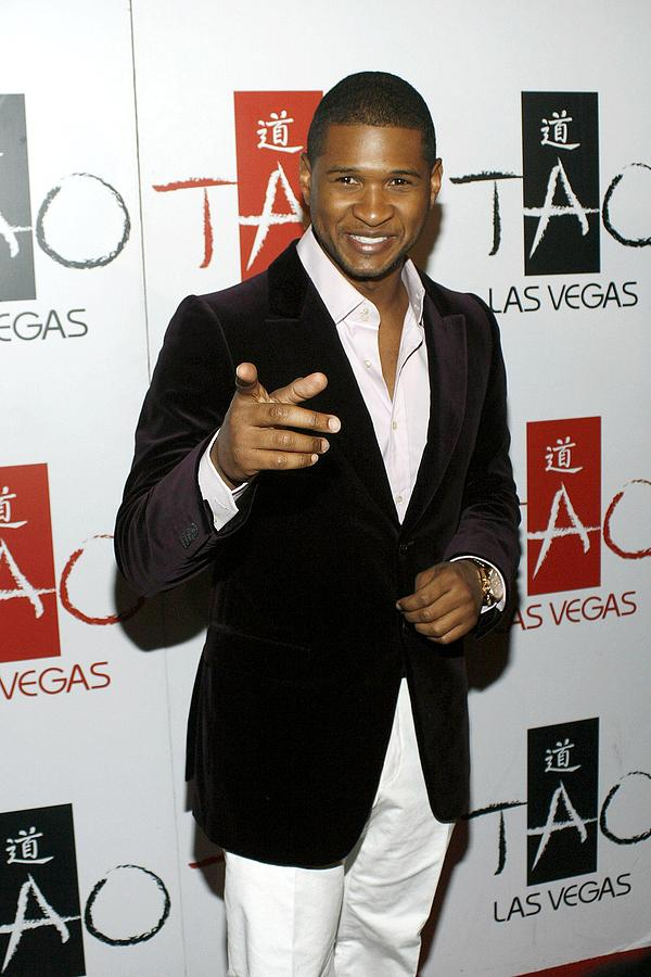 Usher At Arrivals For Tao New Years Eve Photograph
