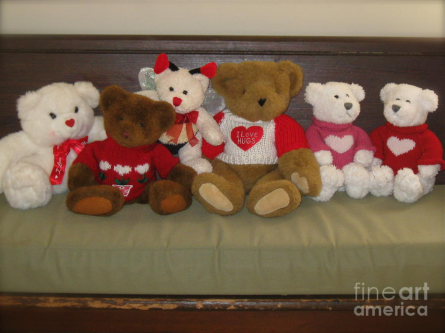 Valentine Teddy Bears In A Row by Nancy Patterson - Valentine ...