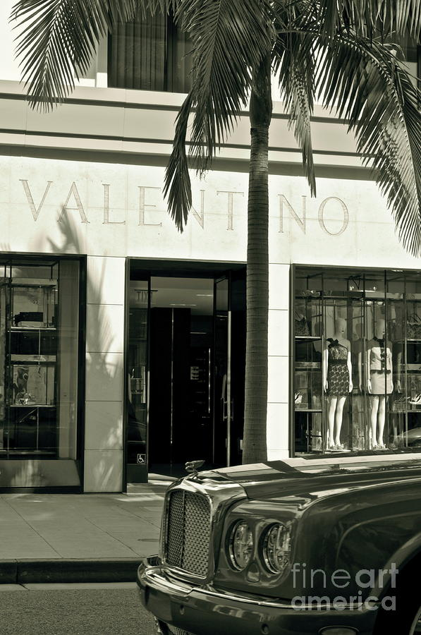 Valentino On Rodeo Drive Photograph  - Valentino On Rodeo Drive Fine Art Print