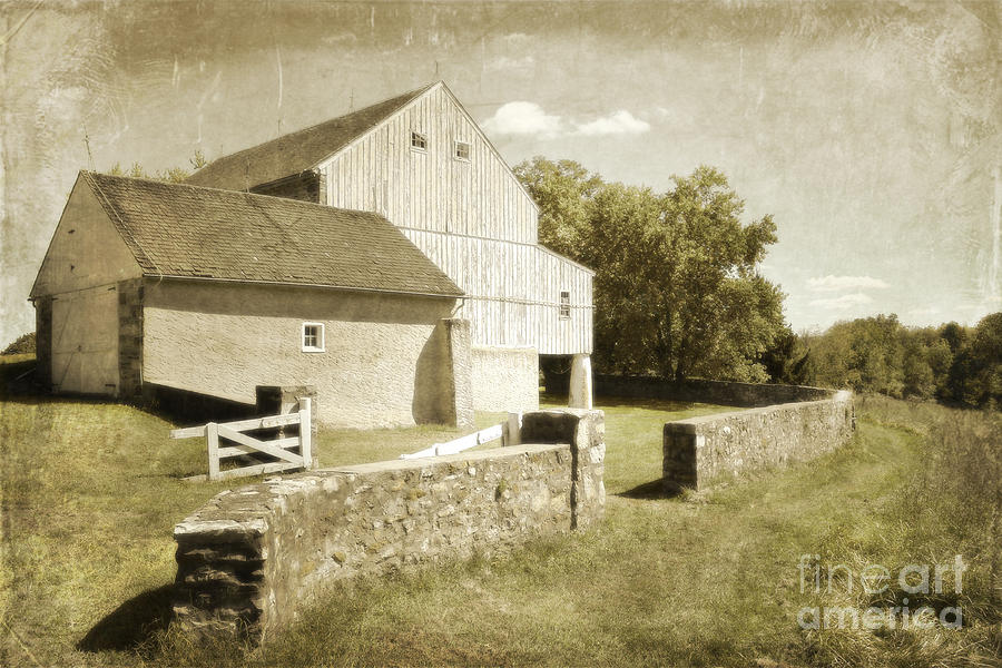 Valley Barn Photograph