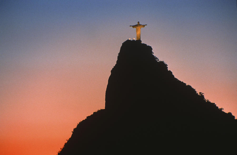 View Of Christ The Redeemer Sculpture By Anonymous