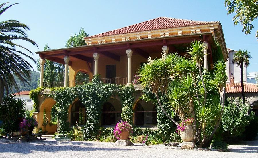 Villa Lafabreque Prades France Photograph