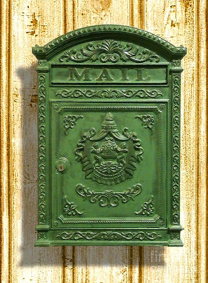 vintage mail box 1