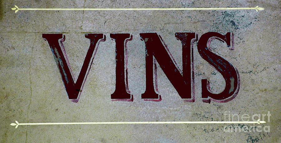 Vintage Vins Mixed Media