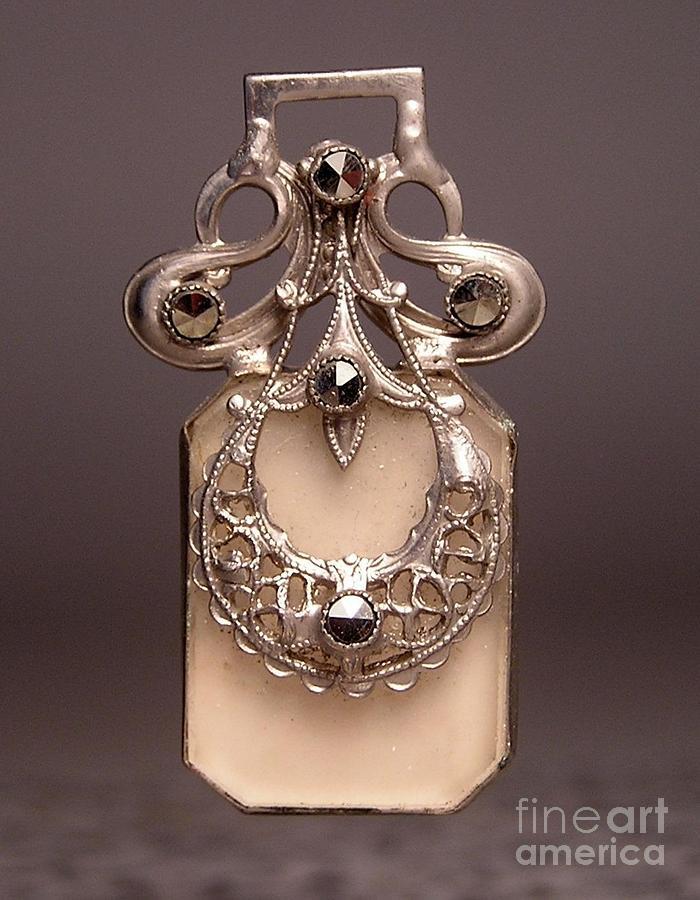 W1 16 Jewelry