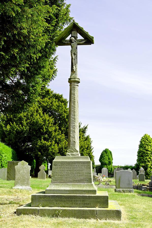 War Memorial In St Leonards Churchyard - Wychnor Photograph