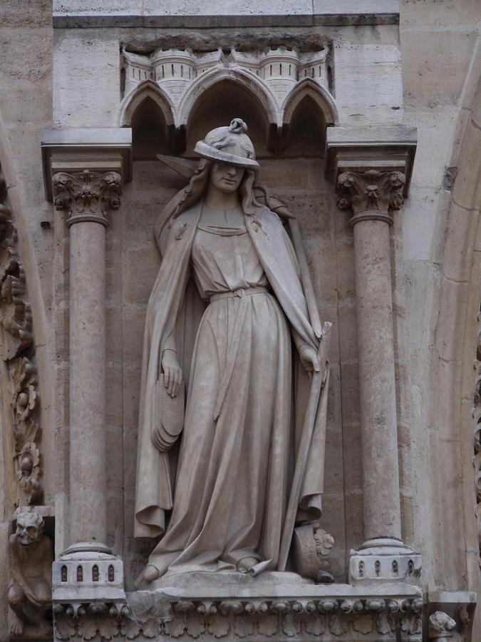 Warrior Dame Sculpture