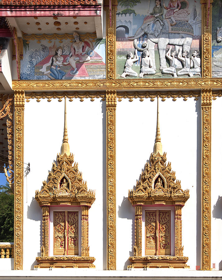 Wat Kan Luang Ubosot Windows Dthu189 Photograph