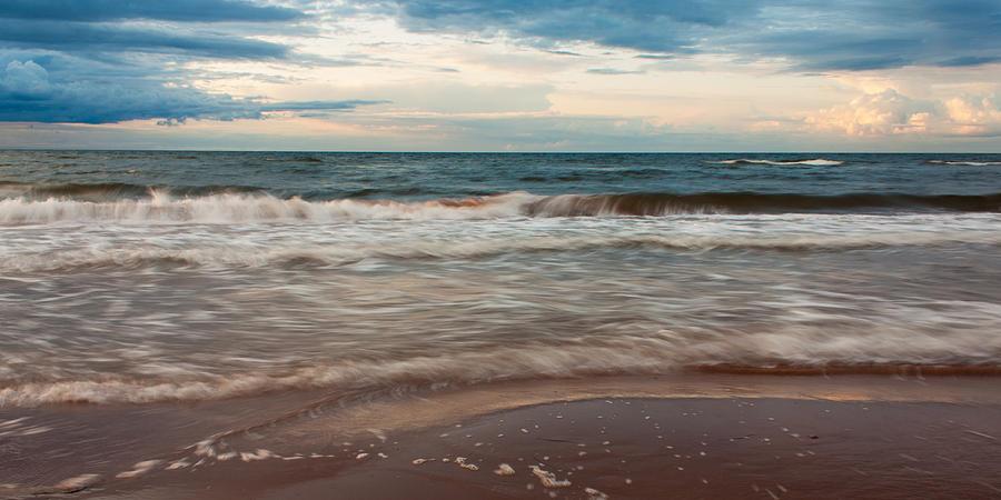 Waves Photograph