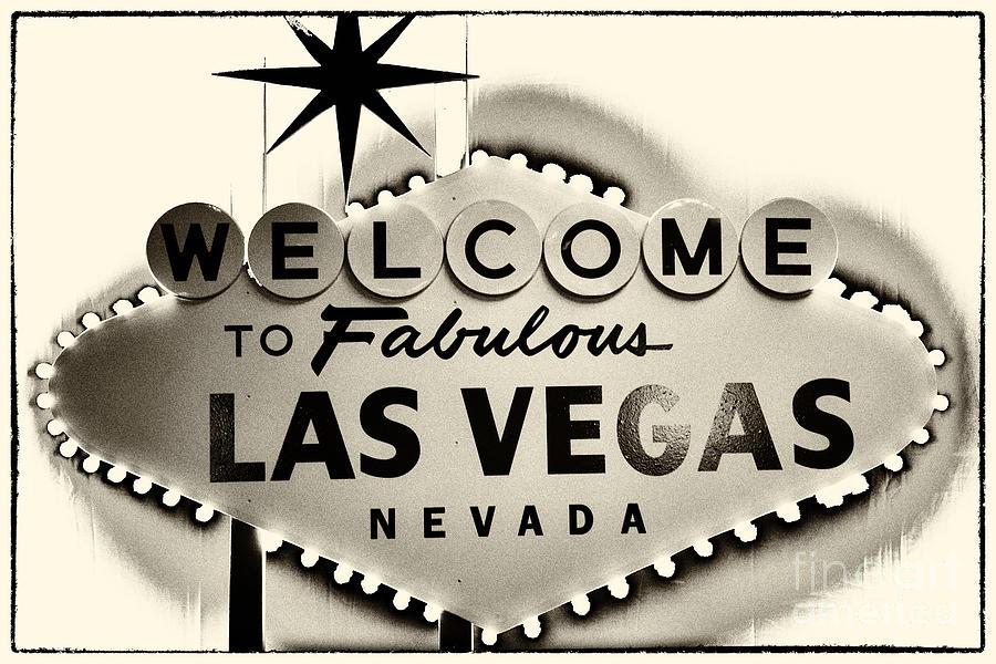 Welcome To Fabulous Las Vegas Nevada Photograph