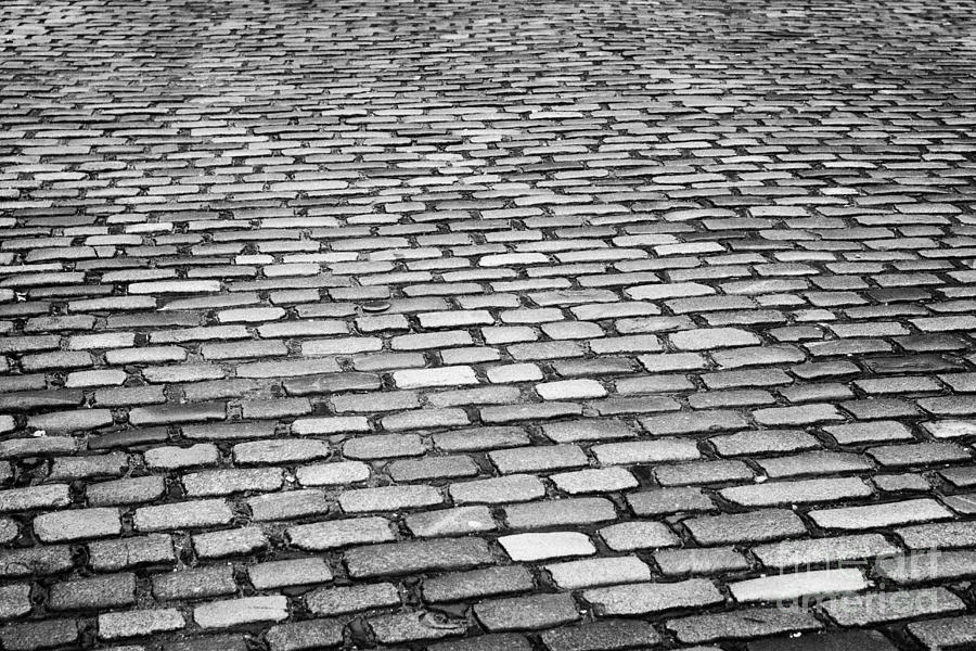 Wet Cobblestoned Huntly Street In The Union Street Area Of Aberdeen Scotland Uk Photograph  - Wet Cobblestoned Huntly Street In The Union Street Area Of Aberdeen Scotland Uk Fine Art Print