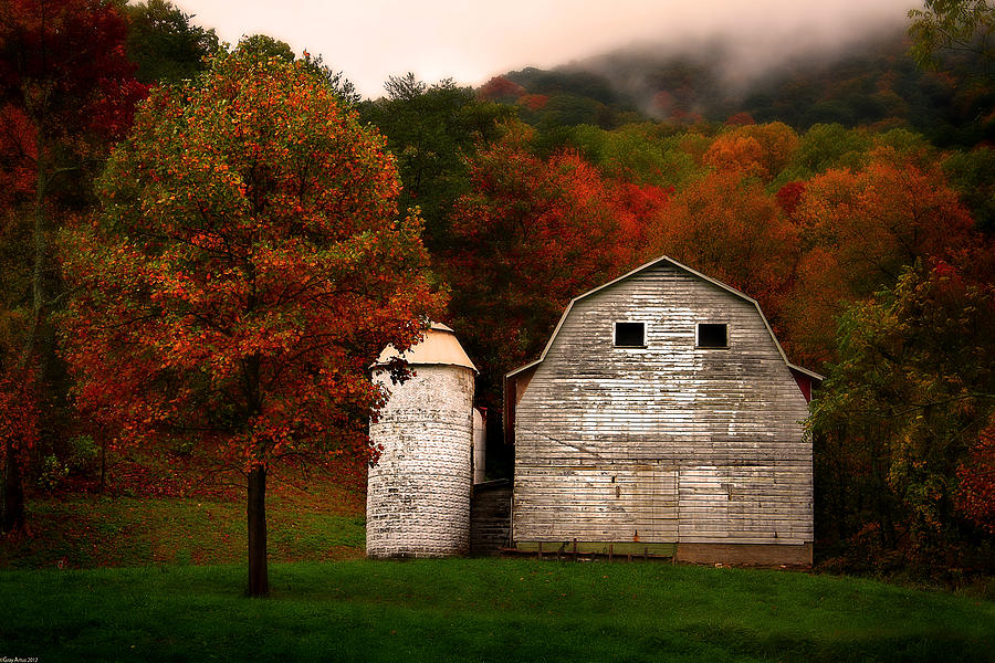White Barn And Silo Photograph By Gray Artus