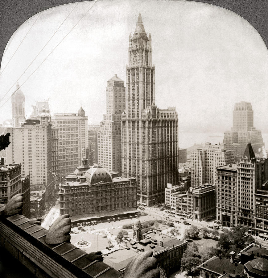 Woolworth Building, 1920s Photograph  - Woolworth Building, 1920s Fine Art Print