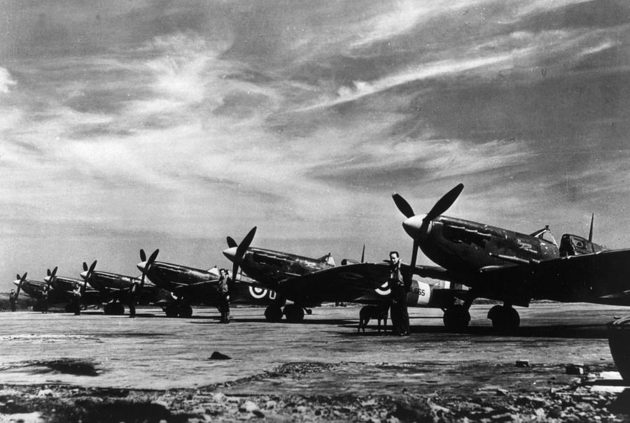 World War II, British Spitfire Planes Photograph by Everett