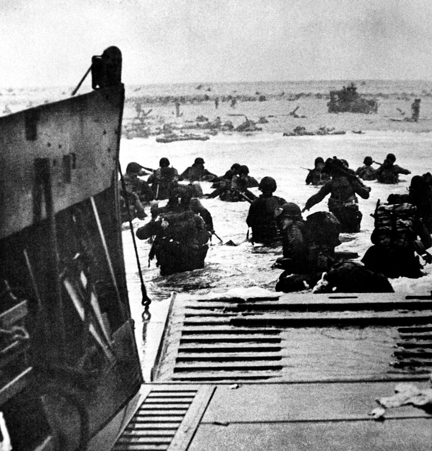World War II D-day, The Invasion Photograph by Everett