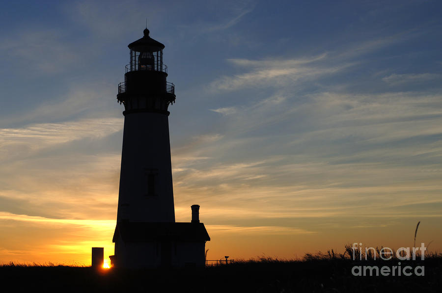 Lighthouse Photograph - Yaquina Lighthouse by Bob Christopher
