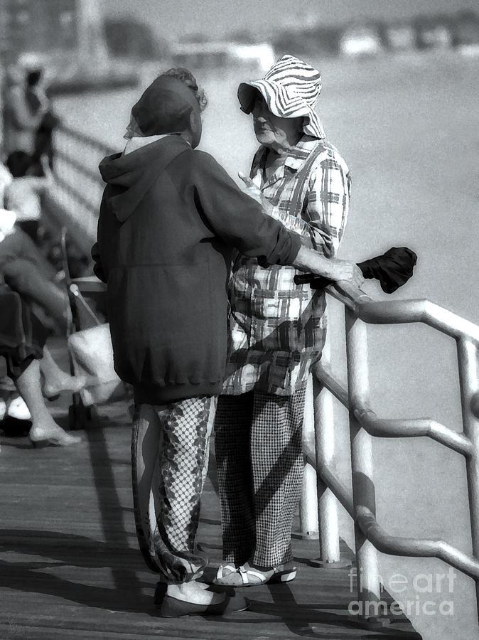 Yentas Photograph
