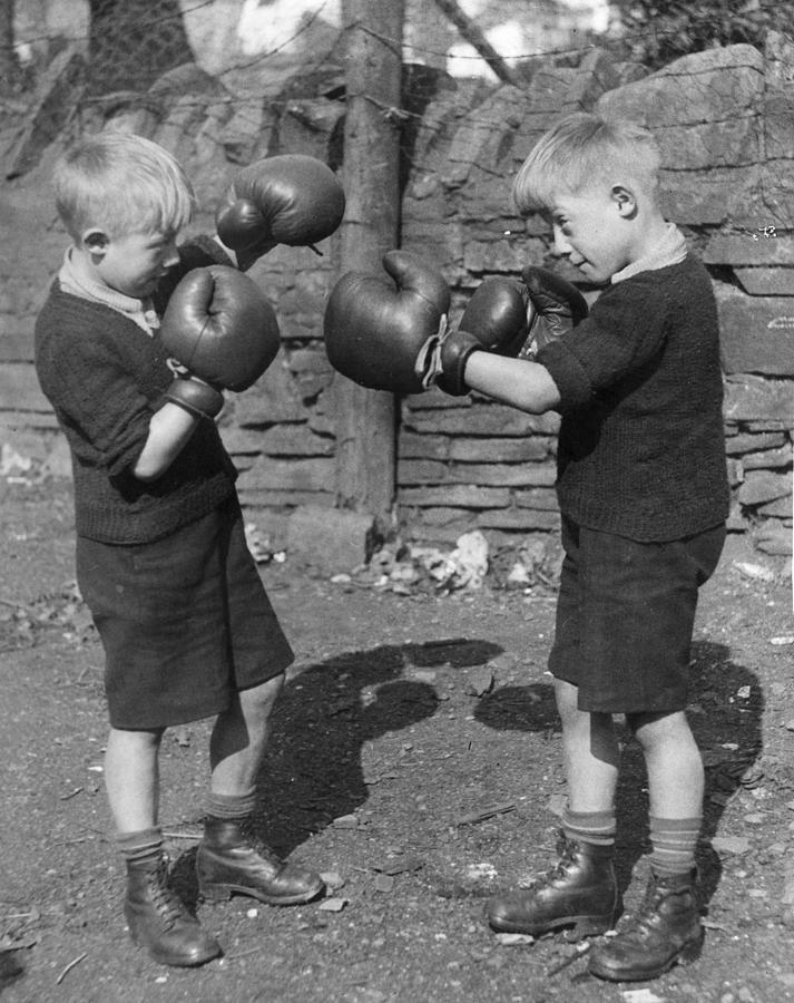 Child Photograph - Young Boxing Twins by Fox Photos