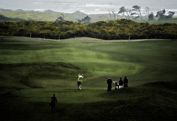 Golf At The Dunes Print by Dale Stillman