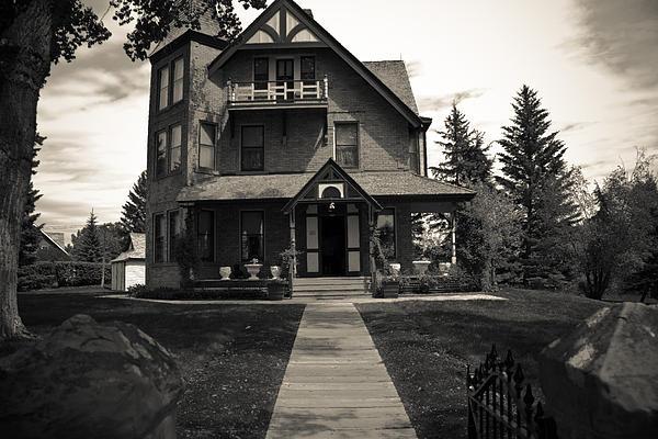 Darren Langlois - Old House