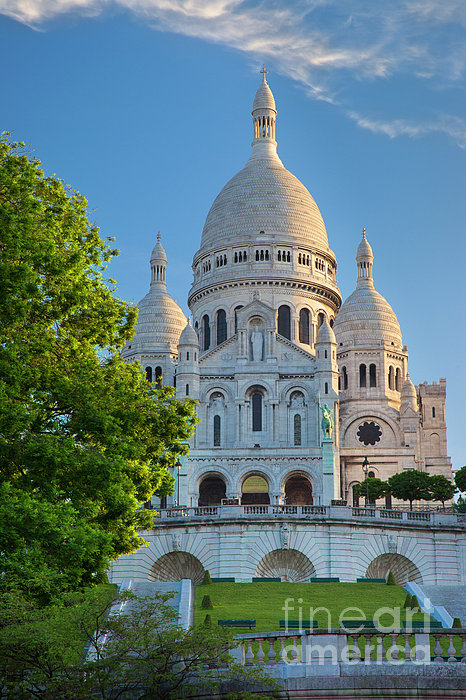 Basilique Du Sacre Coeur Print by Brian Jannsen