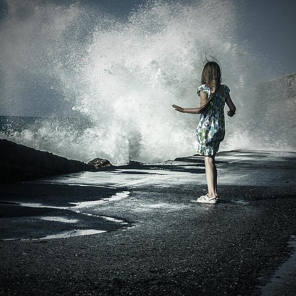 The Wave Print by Joana Kruse