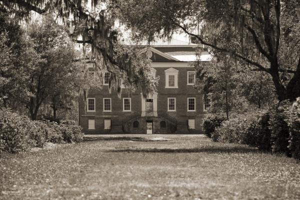 Historic Drayton Hall In Charleston South Carolina Print by Dustin K Ryan