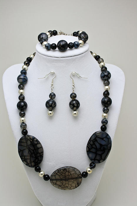 3548 Cracked Agate Necklace Bracelet And Earrings Set Print by Teresa Mucha