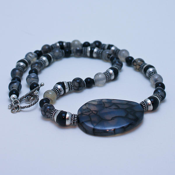 3552 Cracked Agate Necklace Print by Teresa Mucha