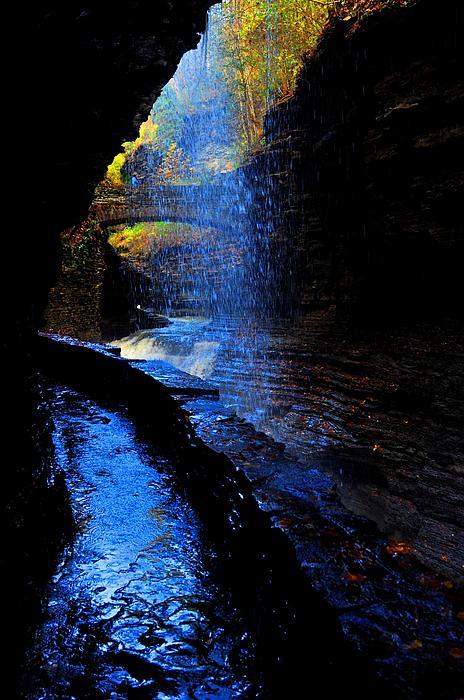 Puzzles Shum - Watkins Glen state park New York