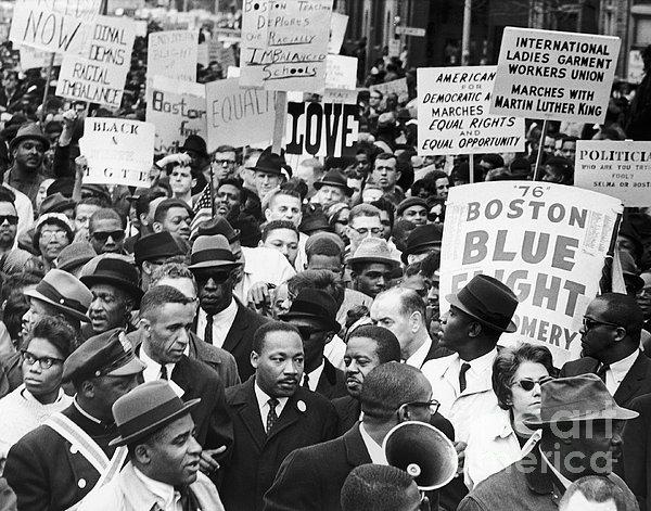 Martin Luther King, Jr Print by Granger