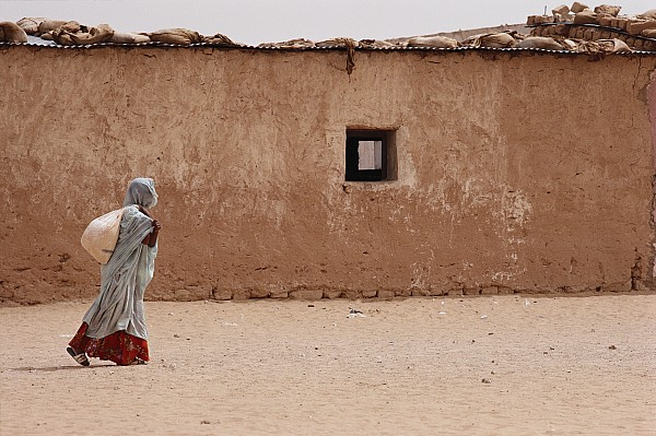 A Refugee From Western Sahara Leaves Print by Steve Raymer