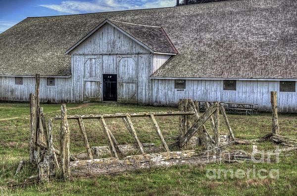 Abandoned Barn Print by Eddie Yerkish