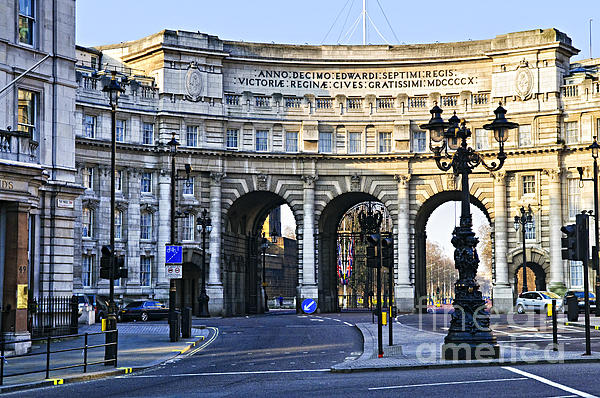 Admiralty Arch In Westminster London Print by Elena Elisseeva