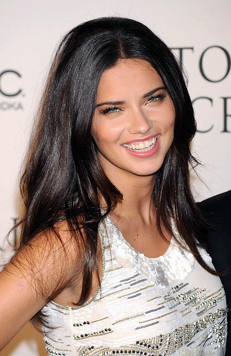Adriana Lima At Arrivals For 2009 Print by Everett